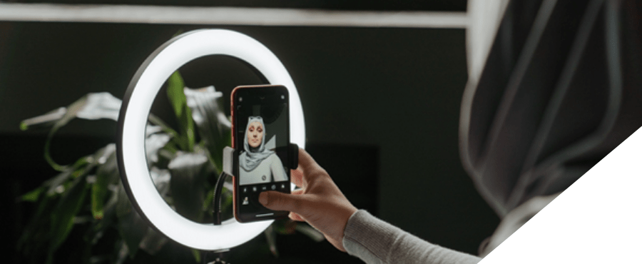 Video marketing -image of filming with ring light