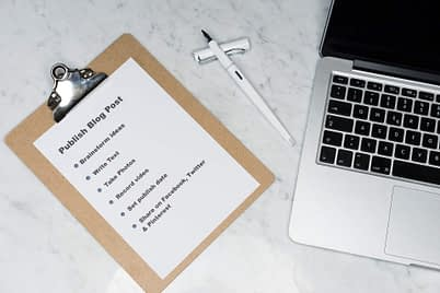 How to write a blog - image of checklist
